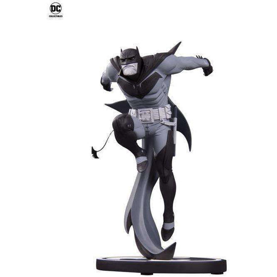 Batman Black and White Statue (Sean Murphy) - APRIL 2019