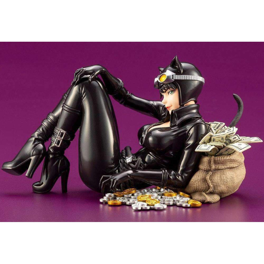 DC Comics Bishoujo Catwoman Returns - AUGUST 2019