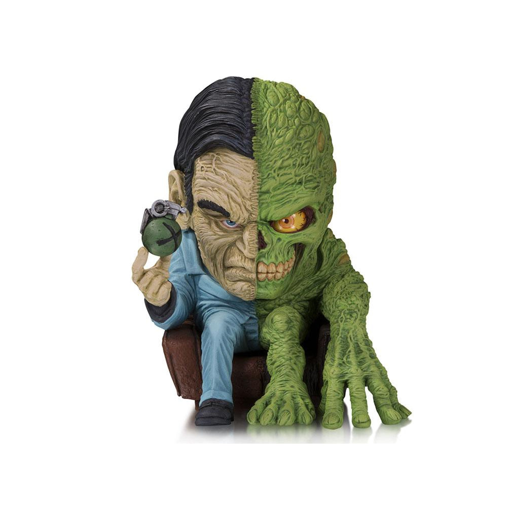 DC Artist Alley Two-Face Limited Edition Figure (James Groman) - OCTOBER 2019
