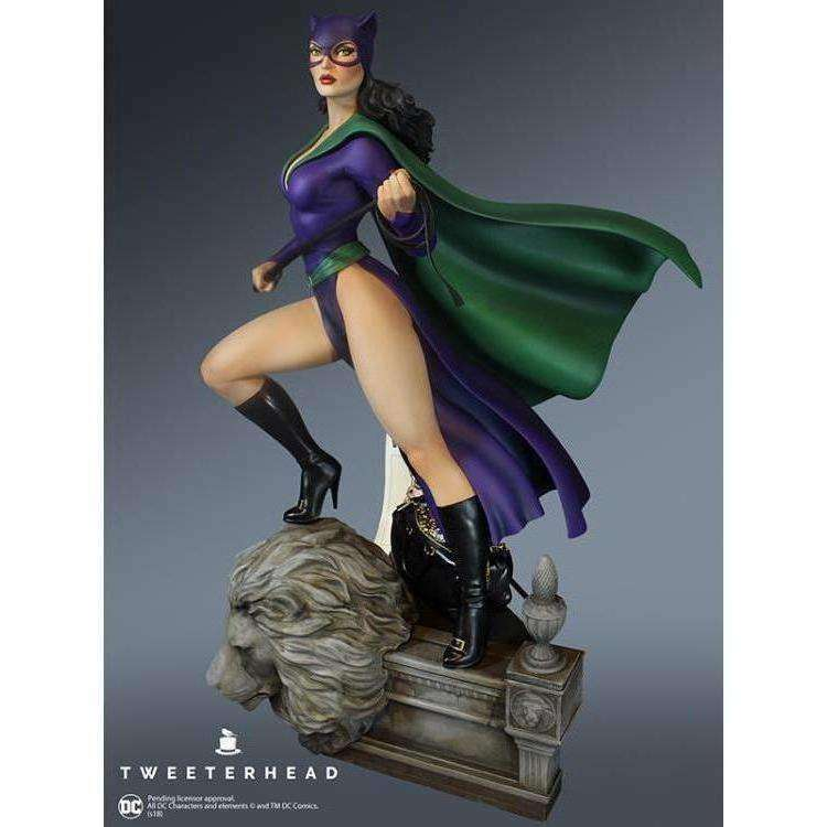 DC Comics Super Powers Collection Catwoman Maquette - SEPTEMBER 2019