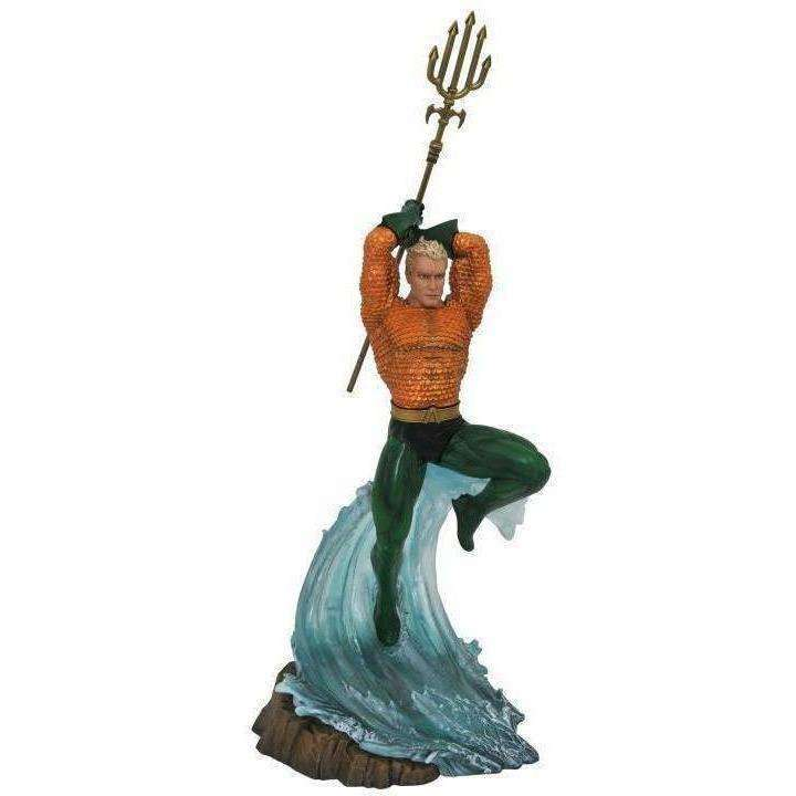 DC Comics Gallery Aquaman Statue - NOVEMBER 2018