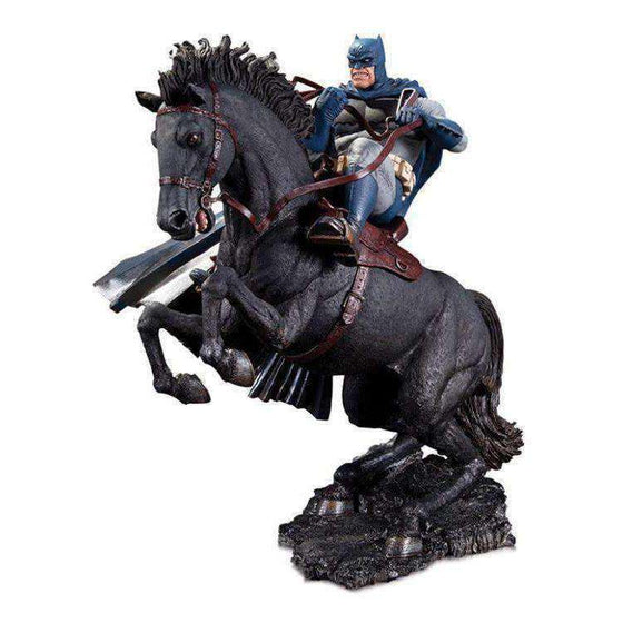 The Dark Knight Returns: Call to Arms Limited Edition Mini Battle Statue - Q4 2019