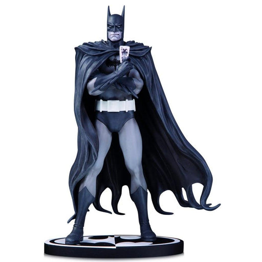 Batman Black & White: Batman by Brian Bolland Statue - JANUARY 2021
