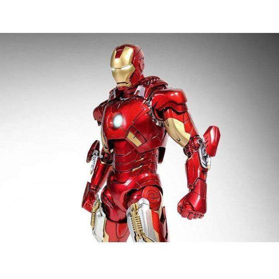 Iron Man 3 Die-Cast Iron Man Mark VII 1/12 Scale Figure - MAY 2019