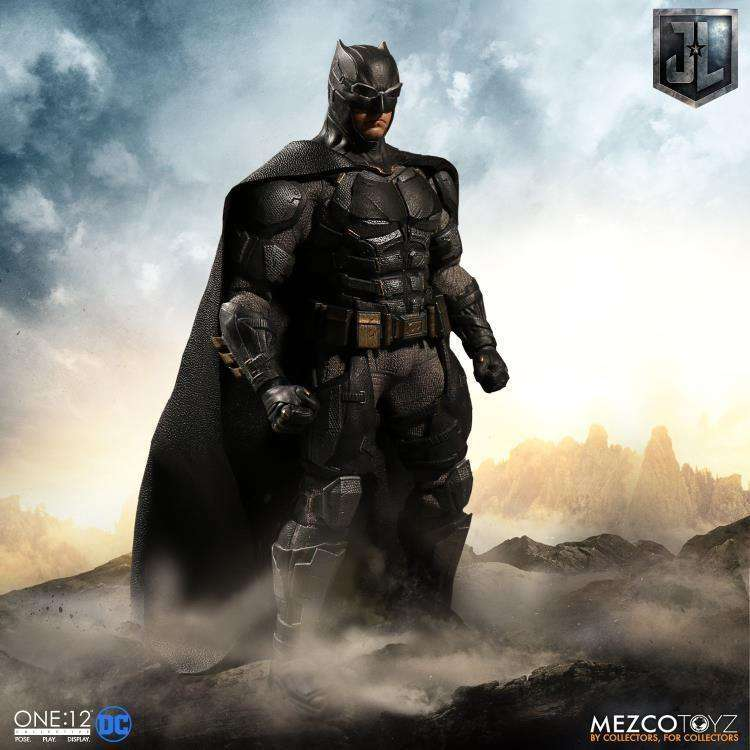 One:12 Collective Justice League Batman (Tactical Suit) - AUGUST 2018