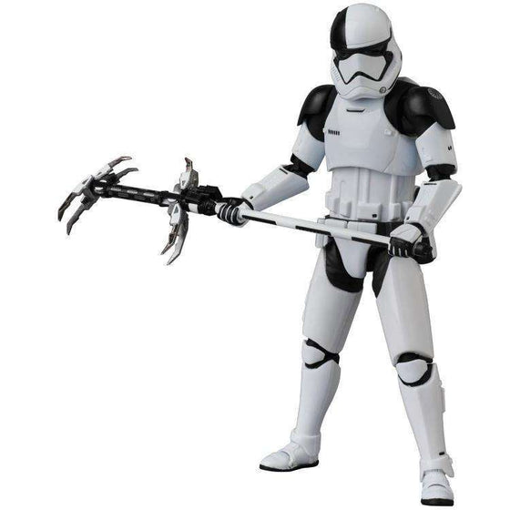 Star Wars MAFEX No.069 Star Wars: The Last Jedi - First Order Stormtrooper Executioner - AUG. 2018