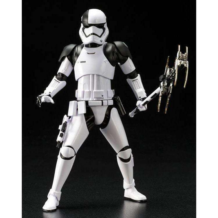 ArtFX+ Star Wars: The Last Jedi - Stormtrooper Executioner Statue - AUGUST 2018