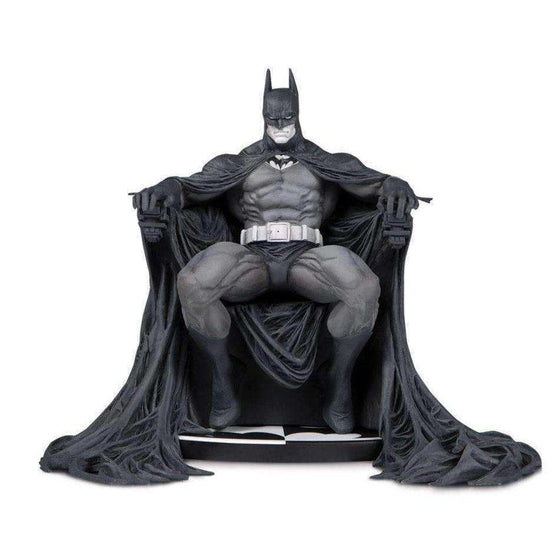 Batman Black and White Limited Edition Statue (Marc Silvestri) - Q4 2019