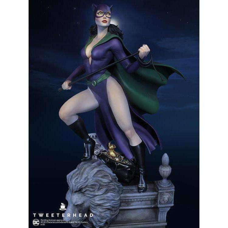 DC Comics Super Powers Collection Catwoman Maquette - NOVEMBER 2019
