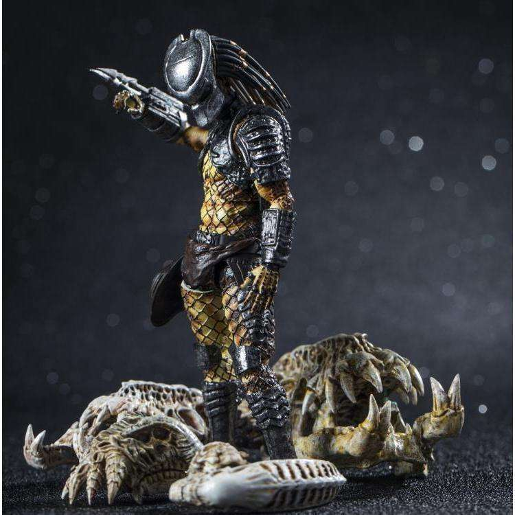 Predator 2 Scout Predator 1:18 Scale Action Figure - NOVEMBER 2019