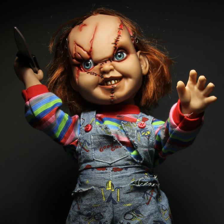 "Chucky 15"" Mega-Scale Talking Doll"