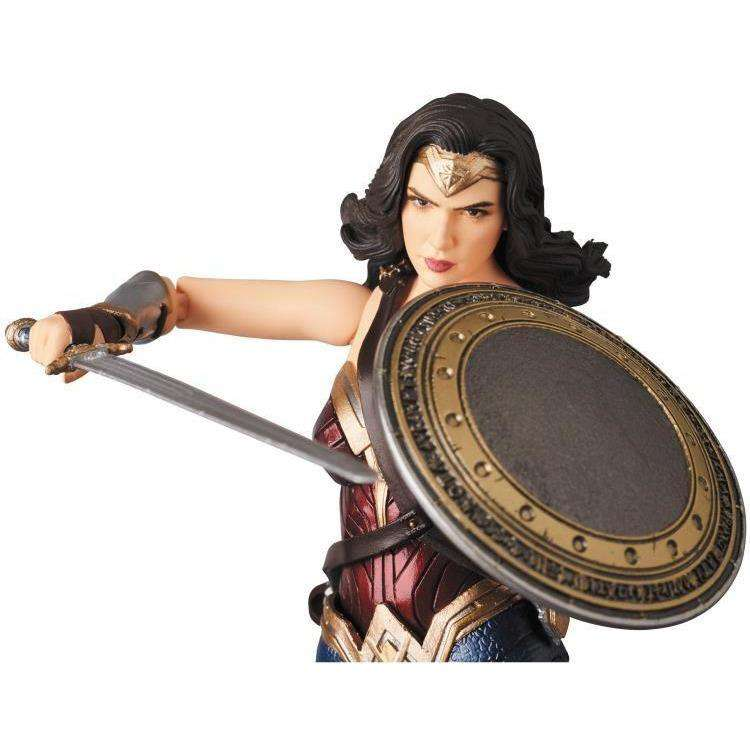 Justice League MAFEX No.060 Wonder Woman- MAY 2018