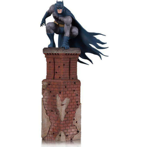 DC Comics Bat Family Batman Multi-Part Statue Diorama - MARCH 2019