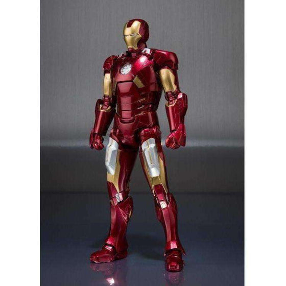 Avengers S.H.Figuarts Iron Man Mark VII & Hall Of Armor Set - NOVEMBER 2018