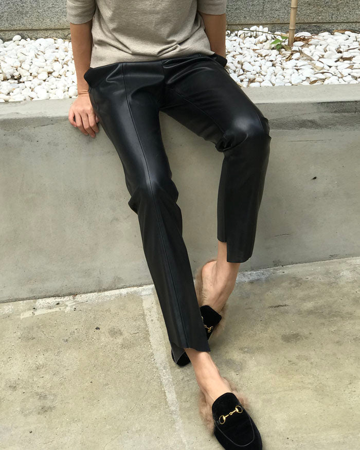 SLIM STRAIGHT LEATHER PANTS
