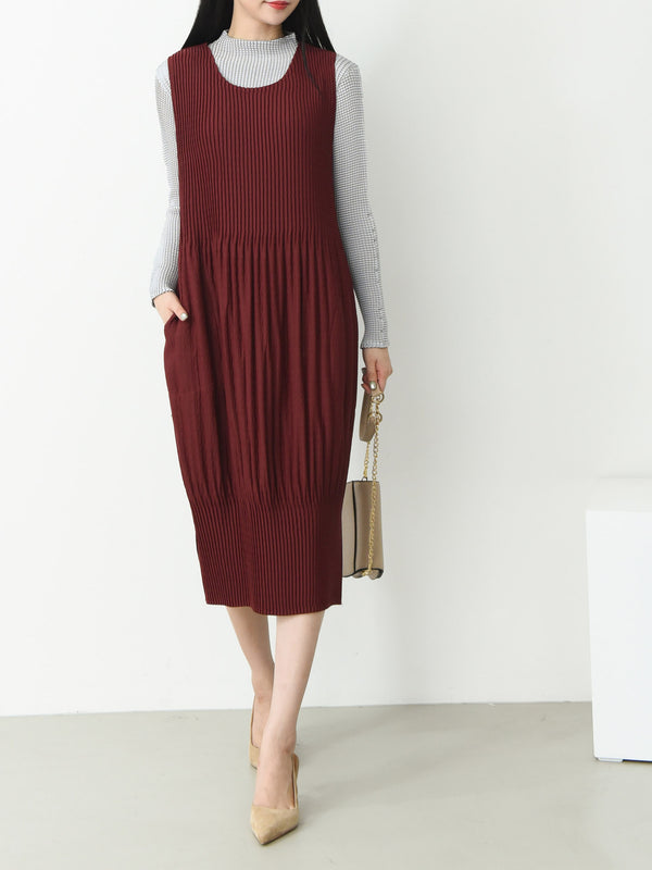 TEXTURED SIDE SLIT MIDI DRESS