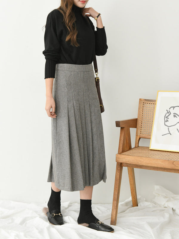 PLEATED WOOL SKIRT