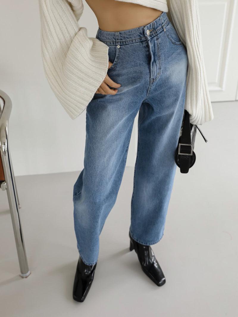 VOLUME WASHED BLUE DENIM JEANS