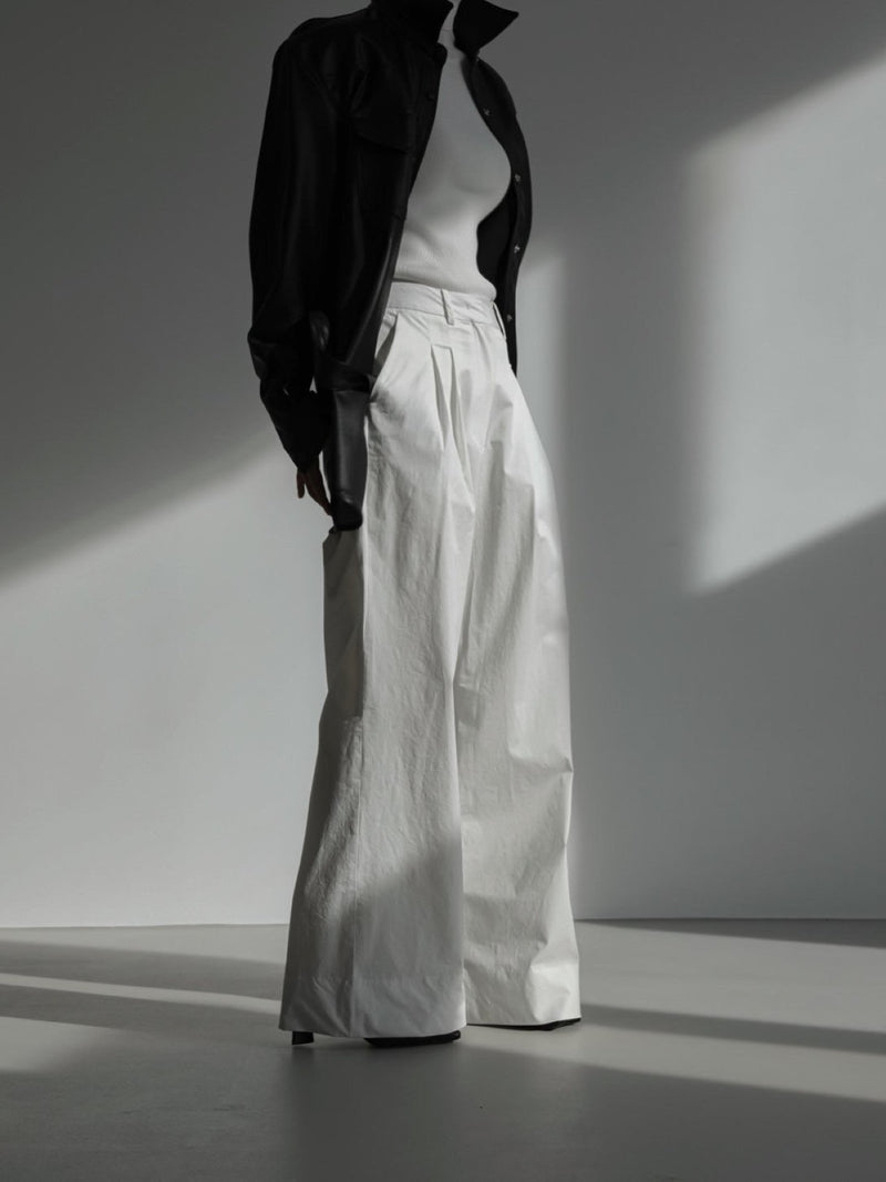 COTTON TWO PIN TUCK WIDE TROUSERS