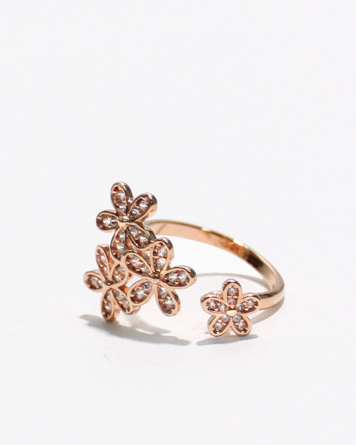 DAISY CLUSTER RING