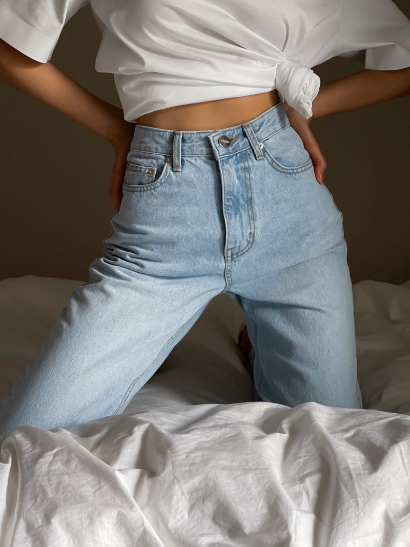 ICE BLUE STRAIGHT DENIM JEANS