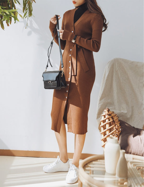 SLIM BUTTON KNIT MIDI DRESS