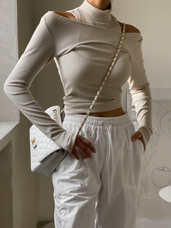 OFF SHOULDER RIBBED HALF NECK TOP