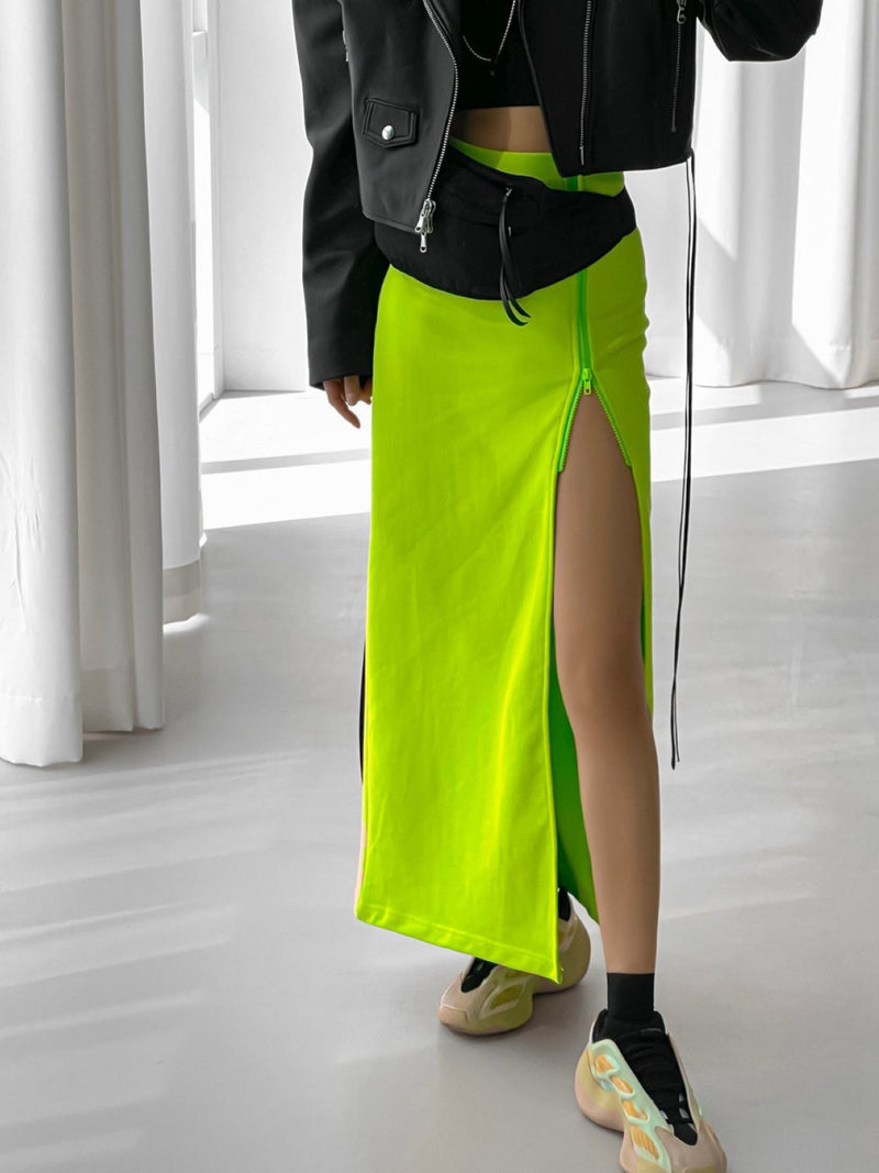 SIDE ZIPPERED MAXI SKIRT WITH SLIT