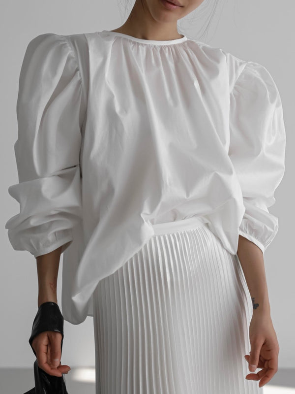 SHIRRED SHOULDER BALLOON BLOUSE