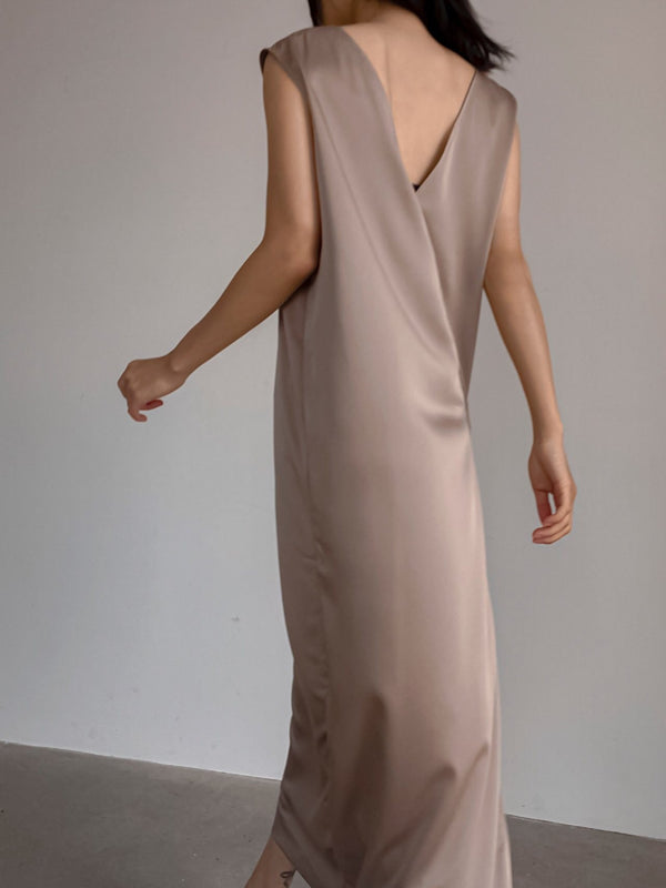 V-SHAPED BACK SATIN MAXI DRESS