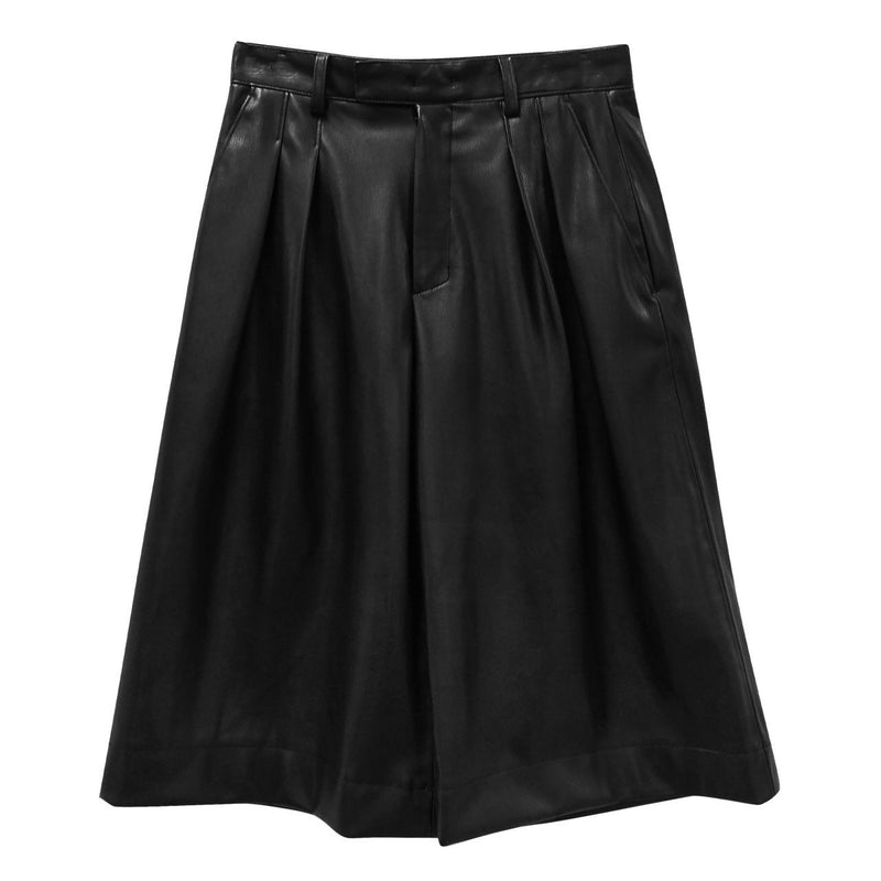 VEGAN LEATHER BERMUDA SHORTS