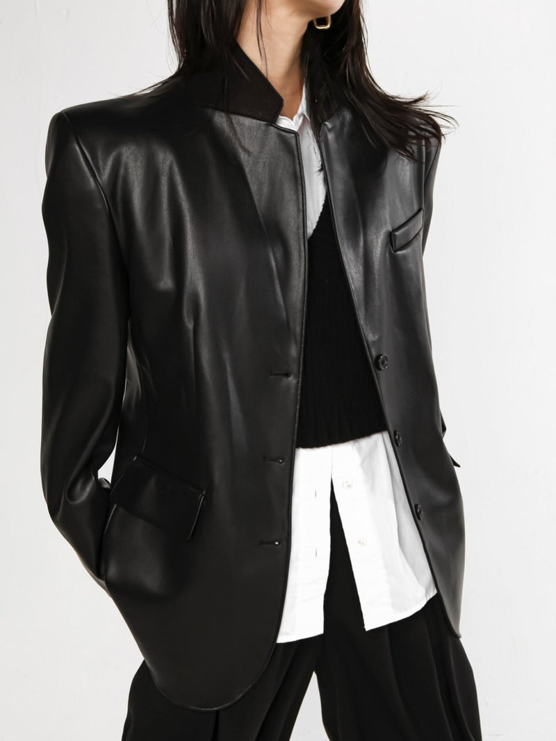 OVERSIZED VEGAN LEATHER BLAZER
