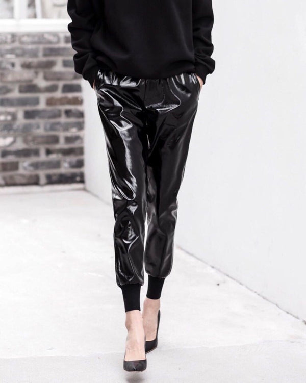 PATENT LEATHER JOGGER PANTS