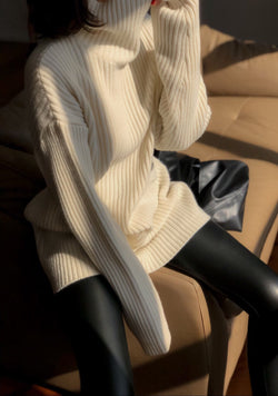 RIBBED WOOL TURTLENECK TUNIC