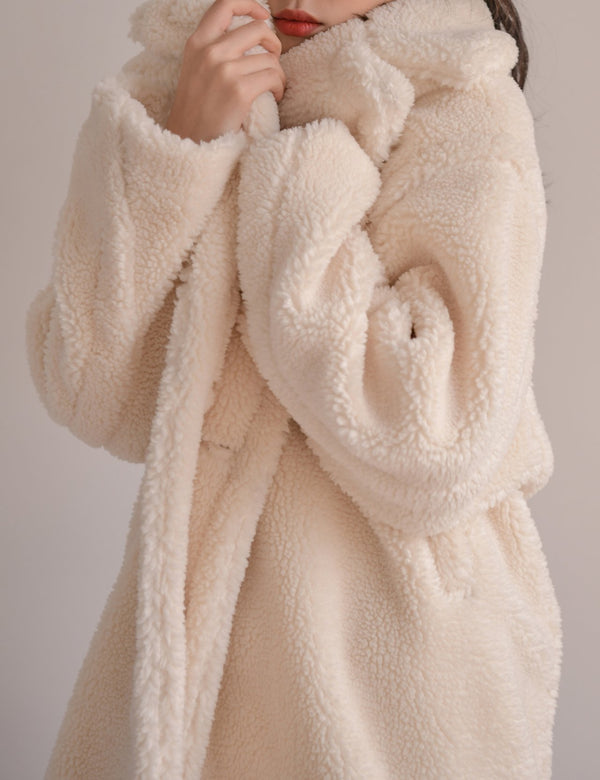 LONG TEDDY FAUX FUR COAT