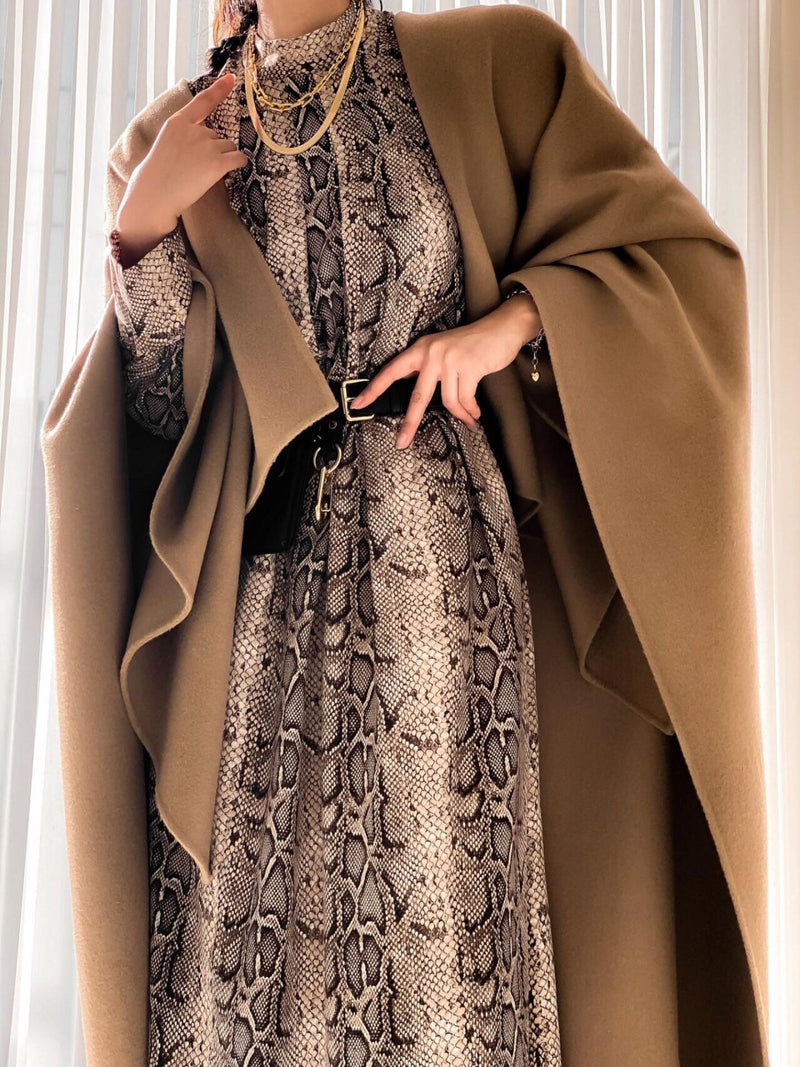LUXE HANDMADE CASHMERE CAPE COAT