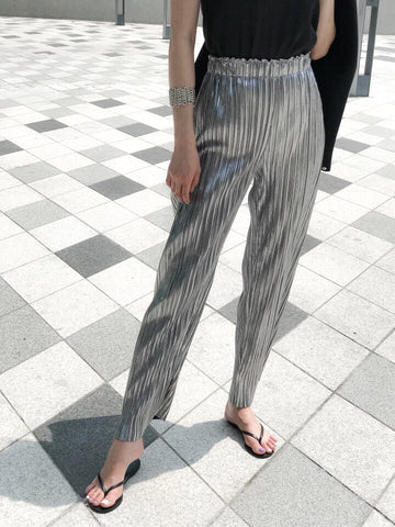 METALLIC PLEATED PANTS - 2 COLORS