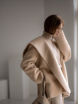 HOODED ALPACA COAT