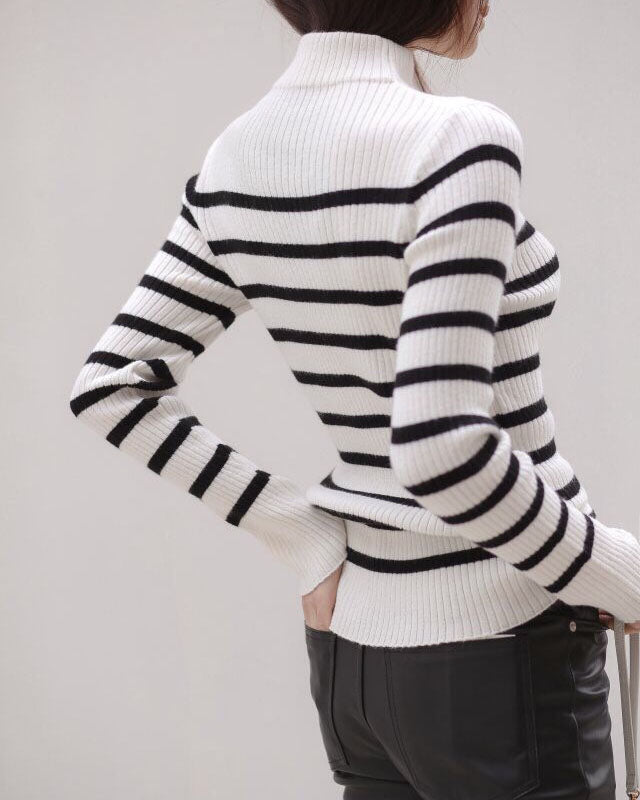 STRIPED HALF NECK KNIT