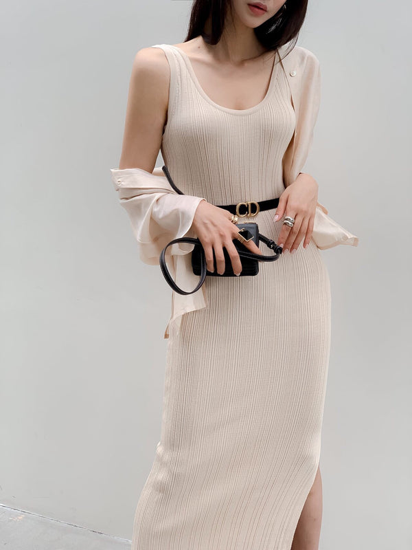 RIBBED SLEEVELESS MAXI DRESS