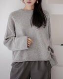 CLASSIC SOFT WOOL SWEATER