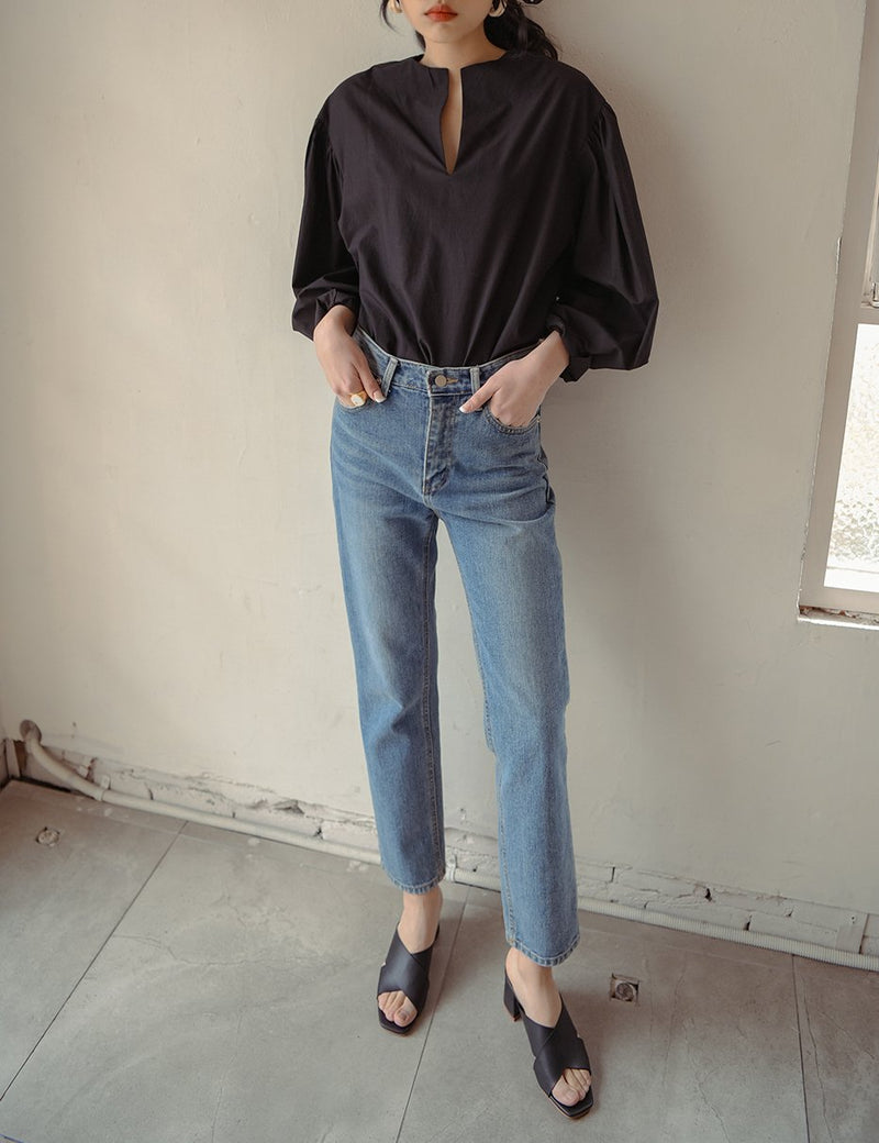COLLARLESS BALLOON SLEEVE BLOUSE