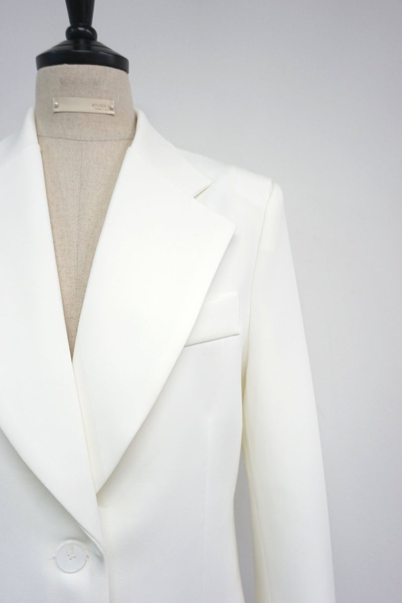 SLIT SHOULDER LONG TAILORED SUIT BLAZER