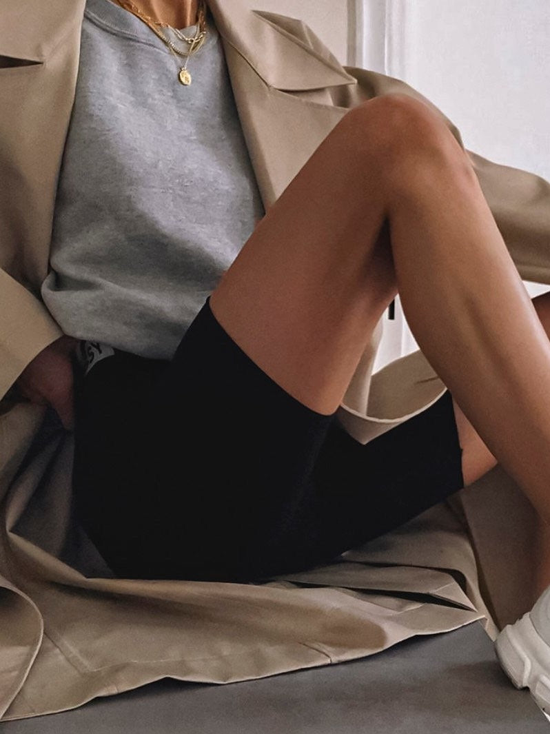 OVERSIZED CROPPED ESSENTIAL SWEATSHIRT