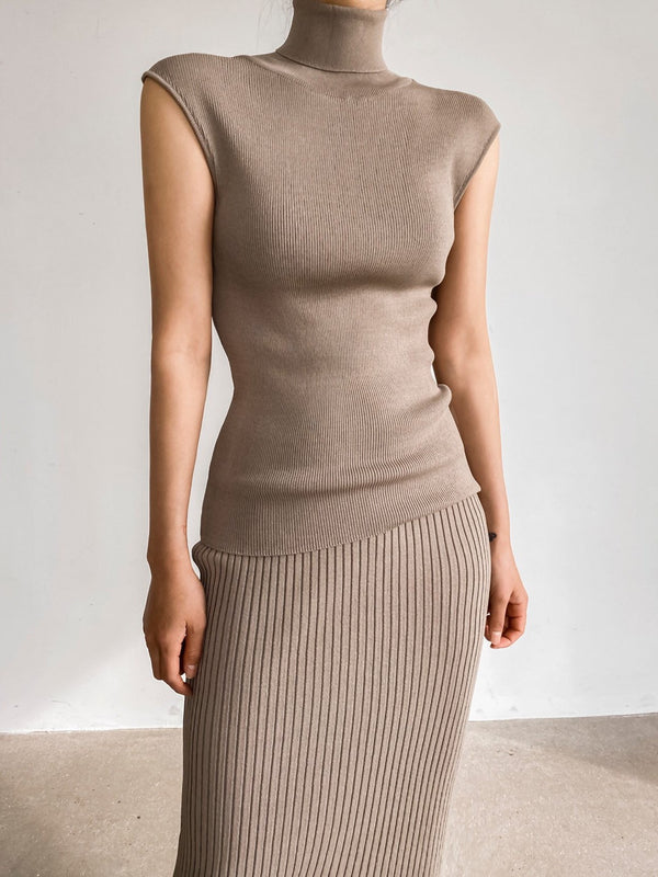 RIBBED KNIT CORRUGATED PENCIL SKIRT