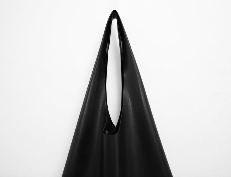 MINIMAL VEGAN LEATHER SHOPPER