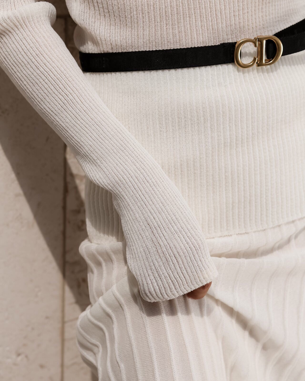 SHEER RIBBED TURTLENECK KNIT