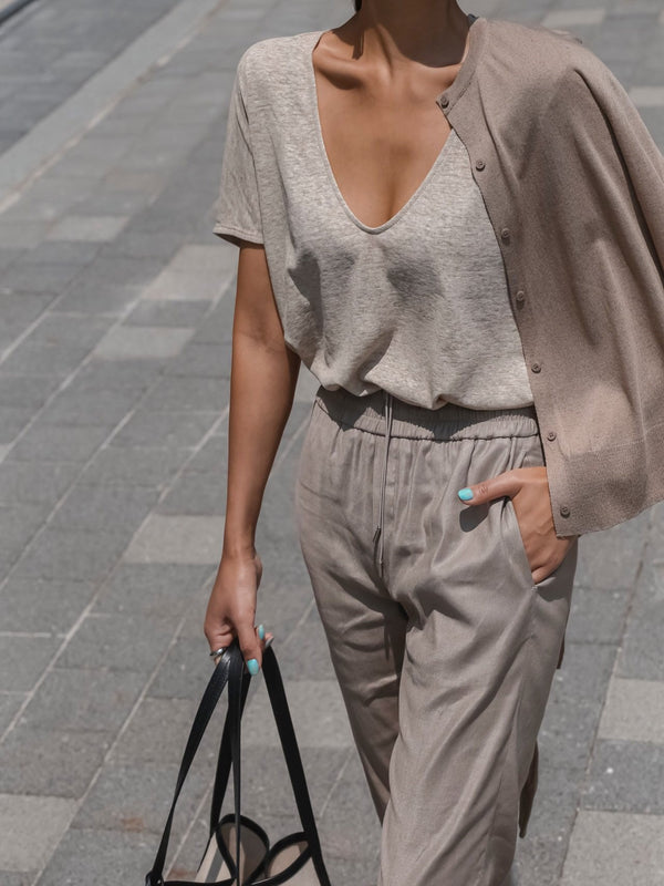 OVERSIZED LINEN V-NECK TOP