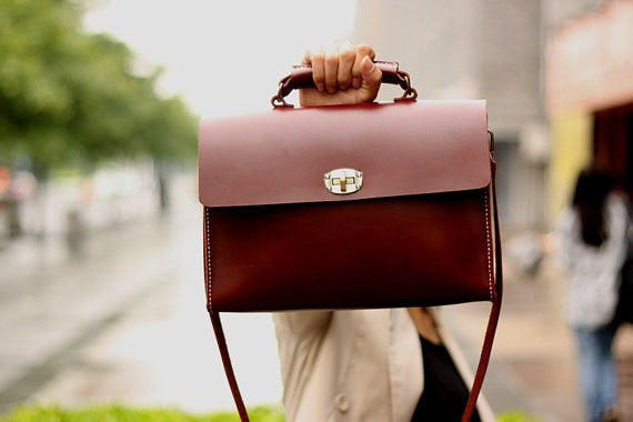 Hand Stitched Leather Messenger Bag Satchel Bag Shoulder Bag IPAD BagTote Bag Leather Bag D200 - ROCKCOWLEATHERSTUDIO