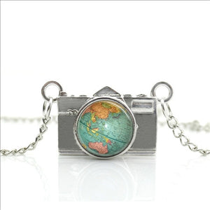 'Capture The World' Camera Necklace